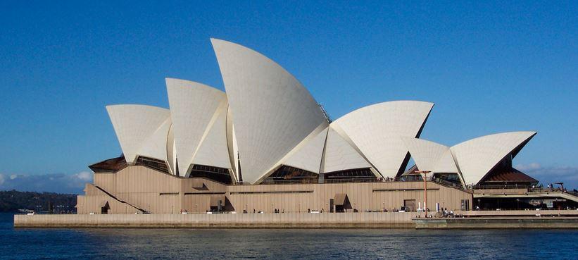 Walks around Sydney Opera House
